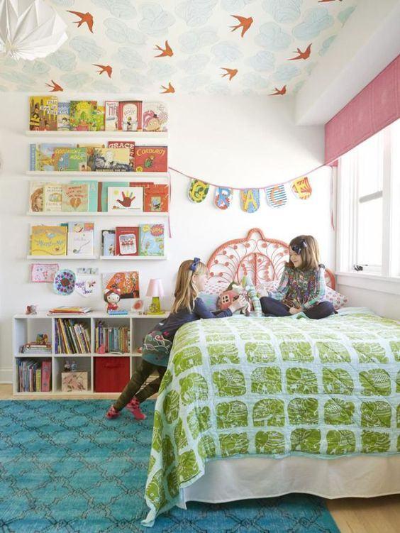 çocuk odası tavan kağıt kaplama