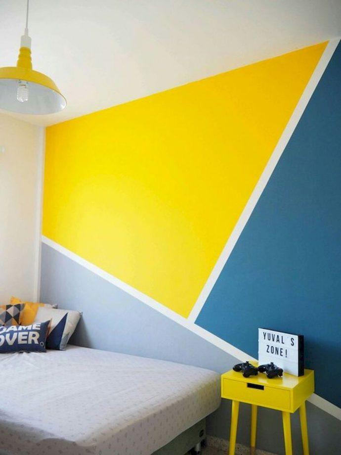 üç renkli duvar