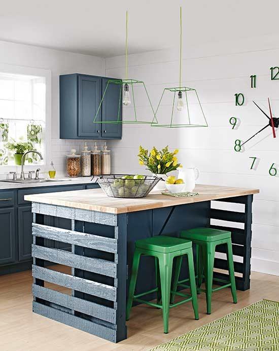 paletten yapılmış mutfak dolabı örneği